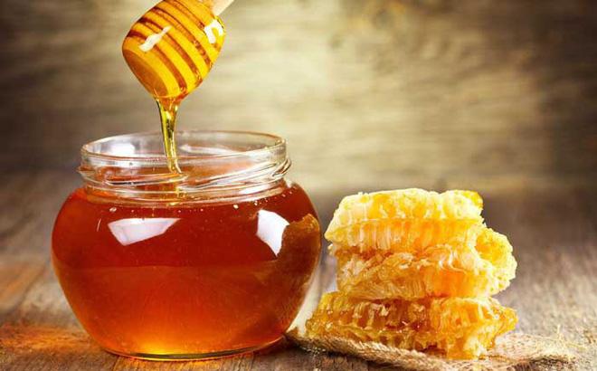 Lưu ý khi sử dụng mật ong nguyên chất